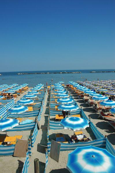 Spiaggia dog beach bagno corallo cesenatico forl cesena - Bagno romagna cesenatico ...