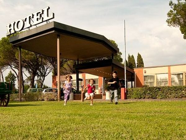 Hotel per cani pisa alberghi e resort con animali for Animali domestici sequoia parco nazionale pet friendly