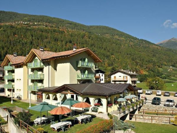Hotel monclassico per animali alberghi e resort con cani for Animali domestici sequoia parco nazionale pet friendly