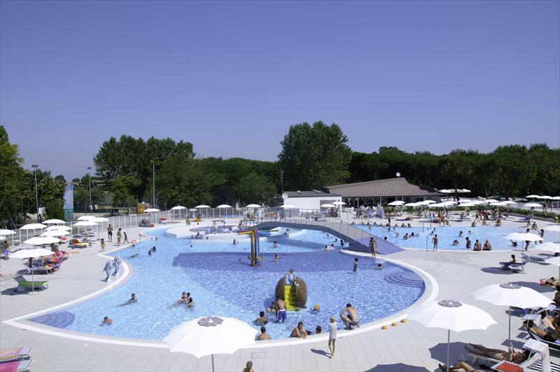 Adriano camping village club del sole ravenna - Del taglia piscine ...